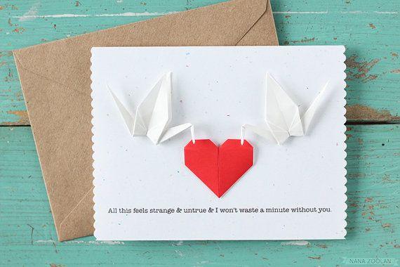 Cette coutume fait mariage Félicitations carte avec grues de papier et de la création du cœur a été inspirée par le mariage de la grue de papier