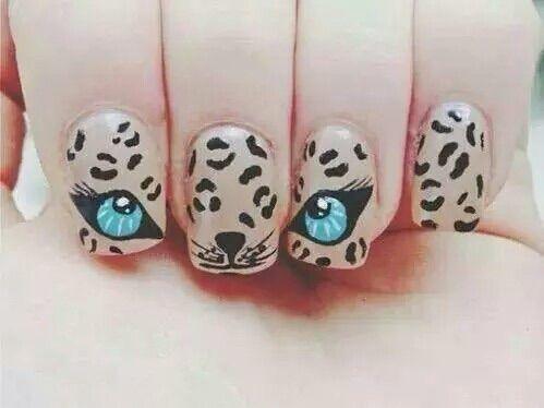 Bild über We Heart It https://weheartit.com/entry/165464329 #beautiful #blue #eyes #nails #tiger #tigre #unghie #bellissime