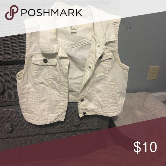 White denim vest White denim forever 21 vest Forever 21 Jackets & Coats Vests