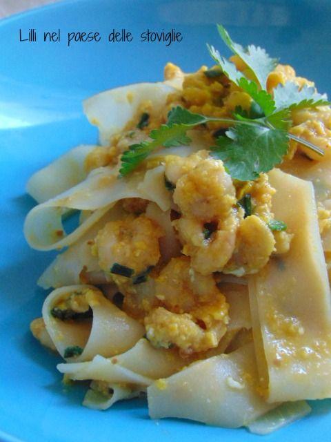 Pad thai con gamberetti