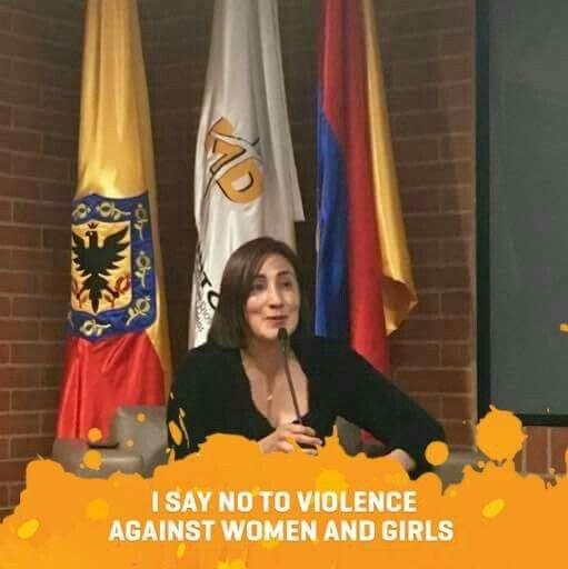 A C en contra de cualquier tipo de violencia en contra de las mujeres y niñas!!!