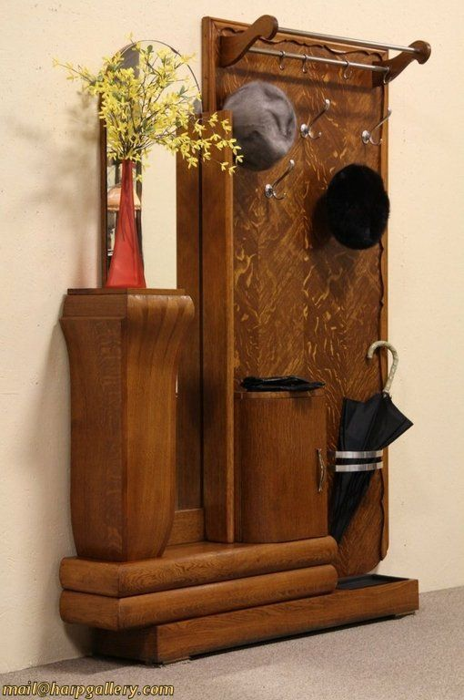 Art Deco 1930's  Oak Hall Stand & Mirror. Hall tree. Porte manteau. Perfect for any vintage hallway.