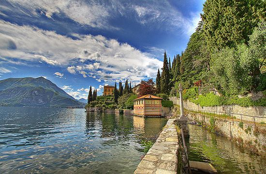 LAGO DI COMO - Disonancias