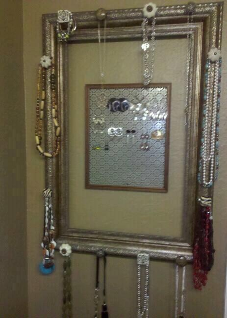 Do It Yourself Jewelry: Picture Frame Jewelry Holder