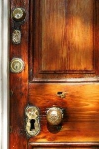 Google Image Result for http://img.ehowcdn.com/article-new/ehow/images/a05/69/of/decorate-old-doors-800x800.jpg: Locks Doors, Old Doors, Doors Web