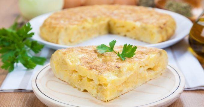 15 plats d'Espagne succulents et variés - Paella au poulet, crevettes, moules et chorizo - Cuisine AZ