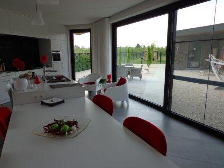 Architectura - Unieke zorgwoning in Hoepertingen koppelt esthetiek aan functionaliteit @Vandersanden Group