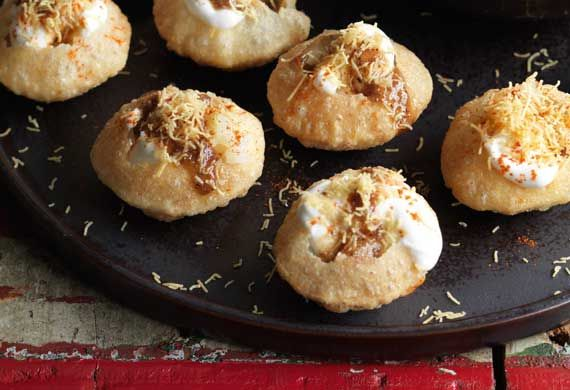 Anjum Anand's puchkas with sweet and sour tamarind chutney recipe - 9Kitchen