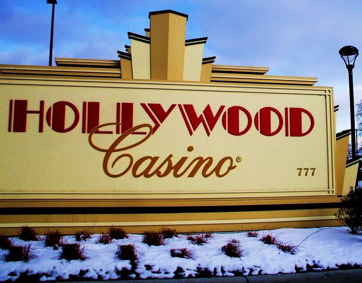 hollywood casino columbus new years day