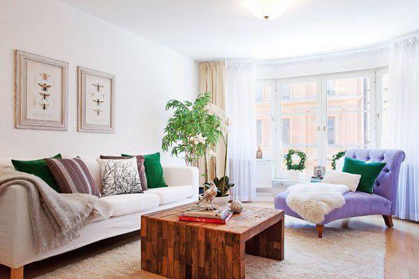 43 Warm and stylish Scandinavian living rooms... Amazing table & sofa