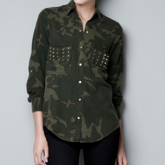 Zara Green Camouflage Studded Shirt Blouse Gorgeous and super on trend Zara Woman camo shirt. Snap closure with studs and gold tone hardware. Classic green camo. Purposely worn in and lightly distressed. So comfortable and chic. Size Medium. Zara Tops Blouses