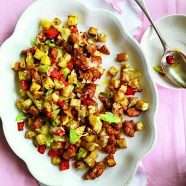 Roasted-potato, pepper and chorizo hash