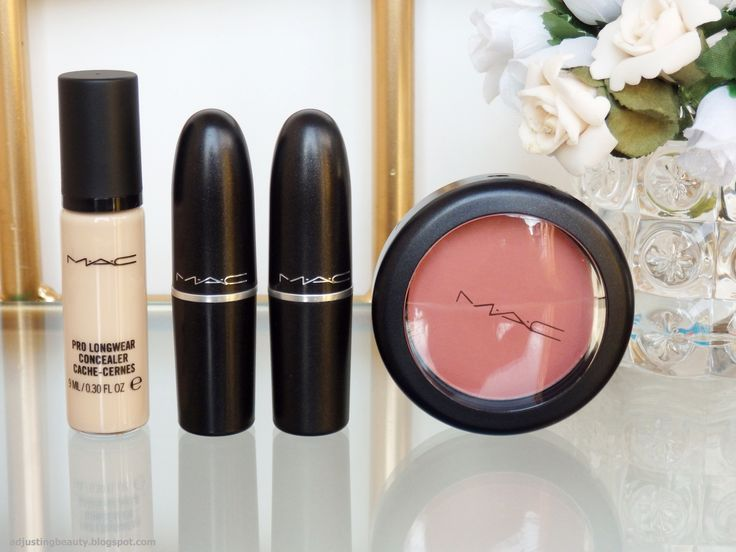 Review of MAC Patisserie lipstick, Mac Velvet Teddy Lipstick, Mac Sheertone Blush in Pinch Me, Mac Pro Longwear concealer in NC15