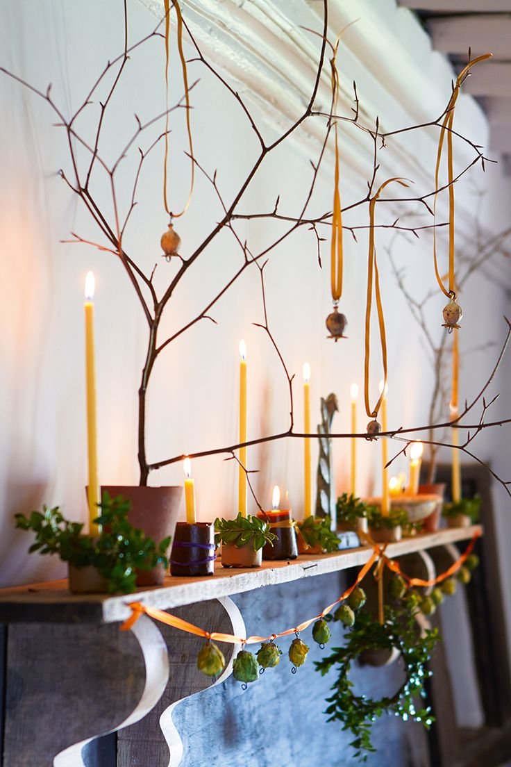 Sprout garland and tiny box wreaths