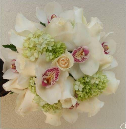 Ramo con Orquideas y Rosas