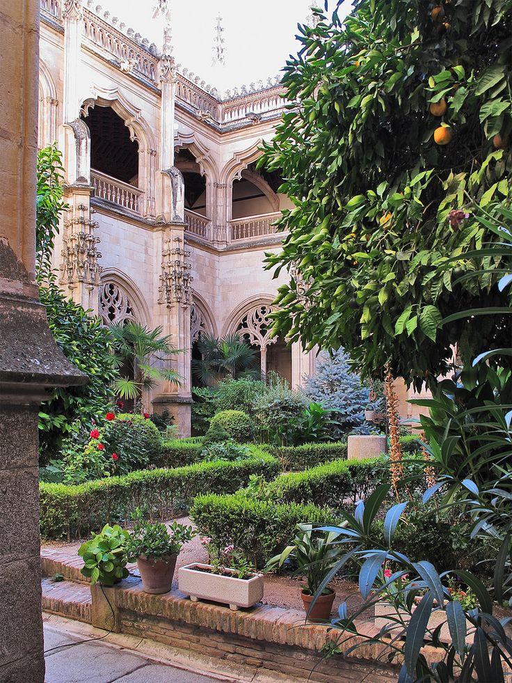 Toledo, Spain center courtyard! Lovely orange trees