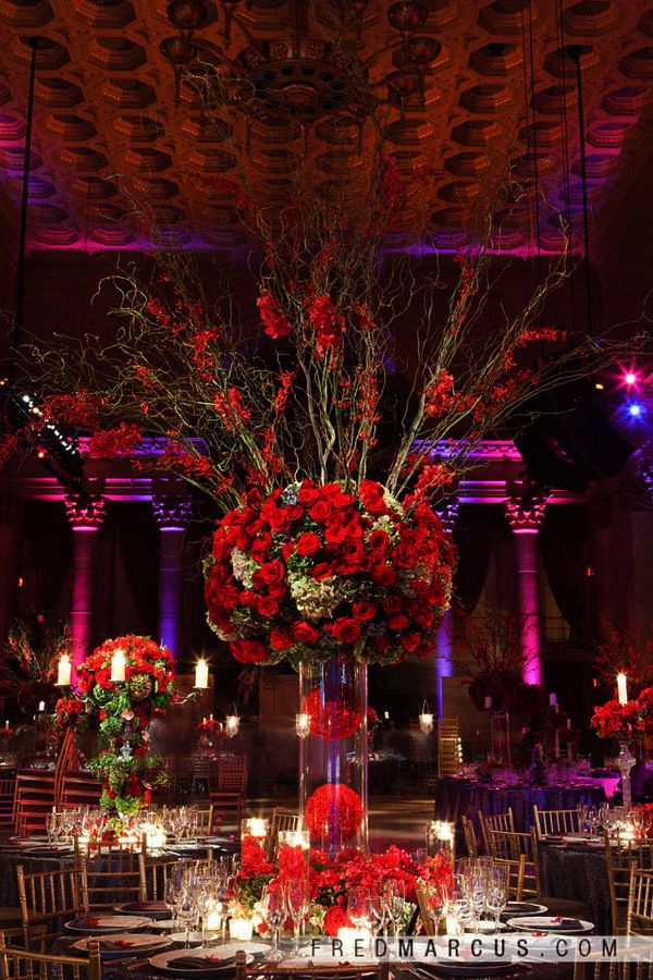 Unique ways to use red roses in your wedding