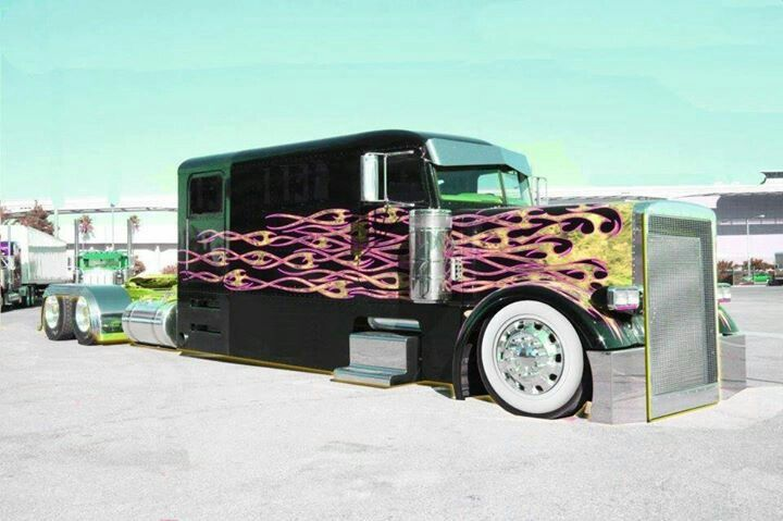 Low Rider Semi? Made into a limo! Who would really drive ...