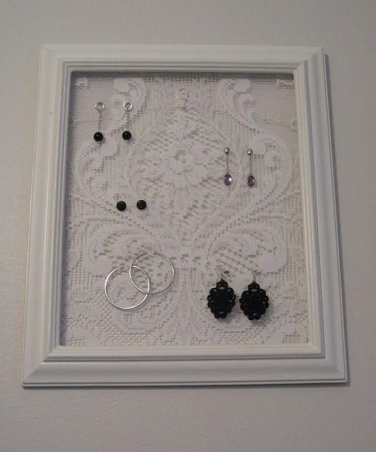 Tee-se-itse-naisen sisustusblogi: Jewelry Frame