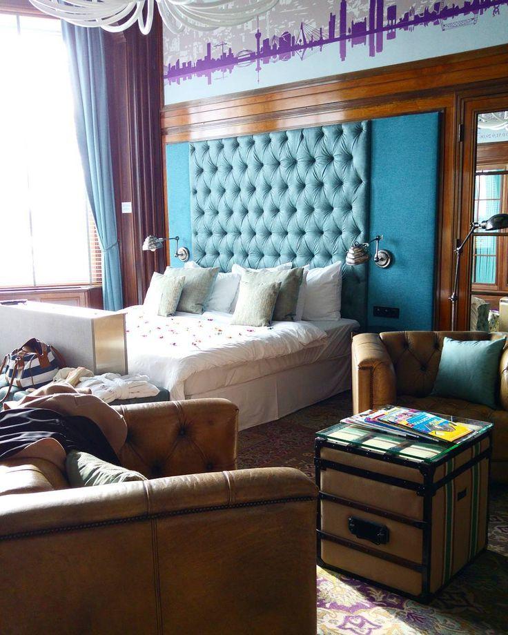 Honeymoon suite at Hotel New York Rotterdam. Photo: blondandtheblog
