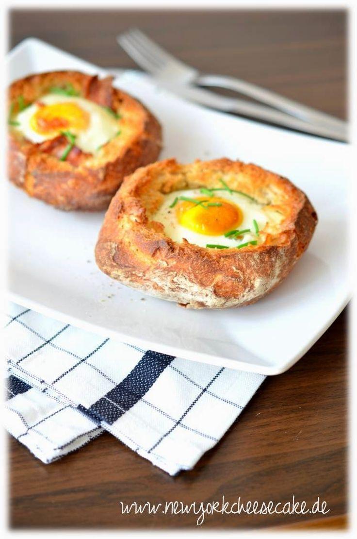 Happy Osterfrühstück: Frühstücksei im Brötchen