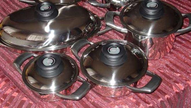Így tisztítsd meg és varázsold újjá az edénykészleted házilag!