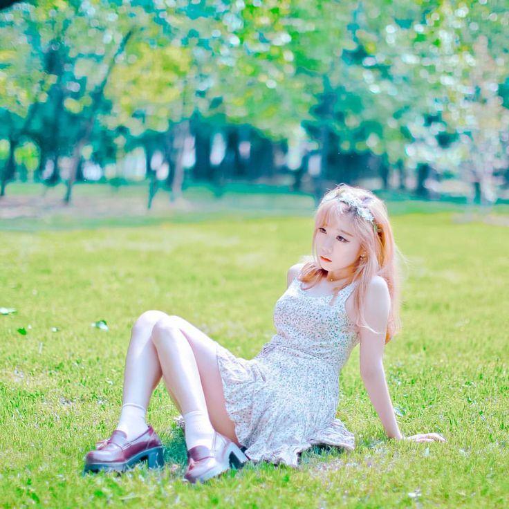 #컨셉촬영 #개인촬영 #감성사진 #맞팔 #포토그래퍼 #라르고 #프로필 #스냅 #빈티지화보 #스튜디오 #largo #모델신청 #개인화보 #인생사진 #canon #portrait #model #인물스냅 #감성 #profile #snap #girl #pretty #ポートレート #f4f #photo #vintage #소녀감성 #촬영문의 #korea