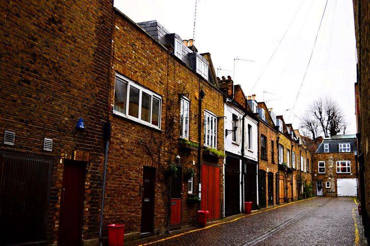 コブルスtーンストリートロンドン .  #ロンドン  #ロンドン歩き #写真  #英国  #イギリス  #ロンドン日常生活 #ロンドン写真 #大好きなロンドン #ノッティングヒル #orcacollective