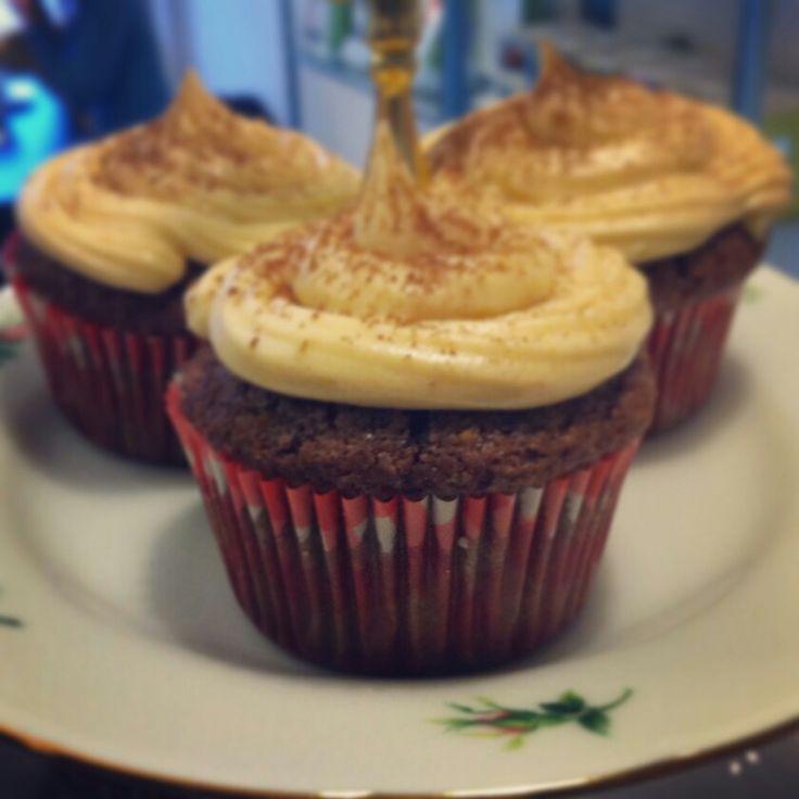 Peanut butter chocolate cupcakes. Vegan.