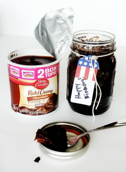 Cake in a Sealed Jar- Perfect for military care packages and send icing separate.  Brilliant!