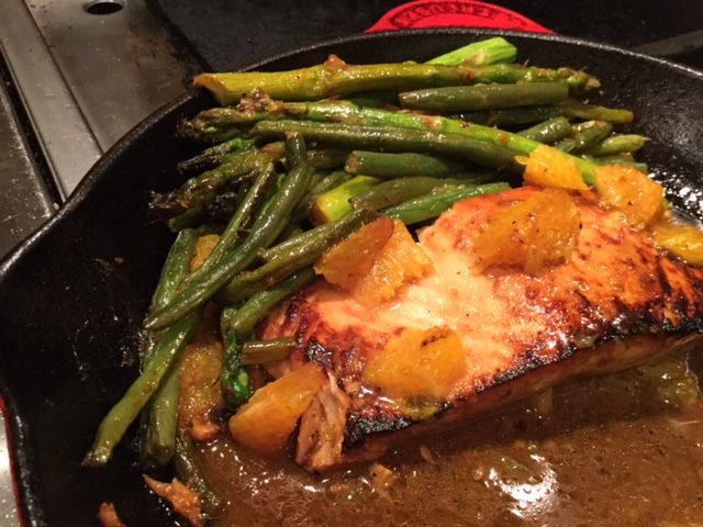 Honey-Soy Glazed Salmon with Oranges, Asparagus and Green Beans    Nutrition Information  Serves:4 servings    Serving Size:1 salmon fillet Calories:290   Fat:10 g Carbohydrates:17 g Sodium:680 mg