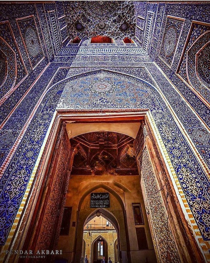 The entrance of the great Jame mosque of yazd, built more than 800 years ago. #Yazd #Iran #tourism #VisitIran #mosque