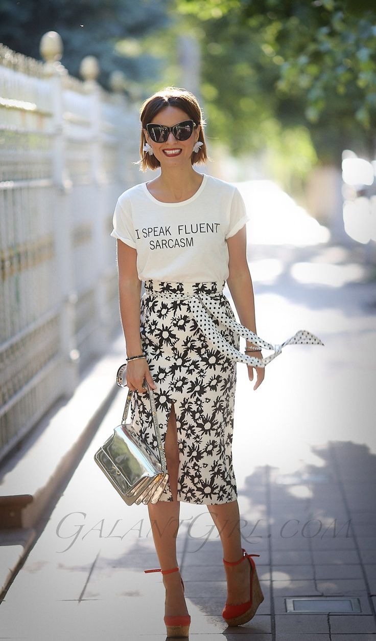 playful styles for summer, pemcil skirt outfits,