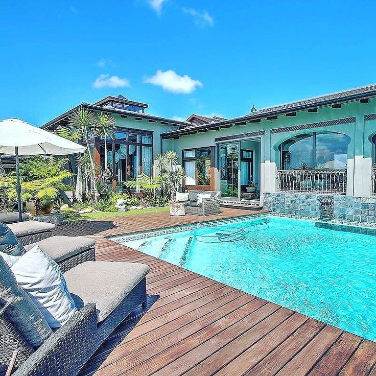 Every aspect of this property encourages light to enter from all directions and views to be seen from almost every bedroom and entertainment space!  #Knysna #SouthAfrica #LuxuryPortfolio #LeadingRE #ChasEveritt
