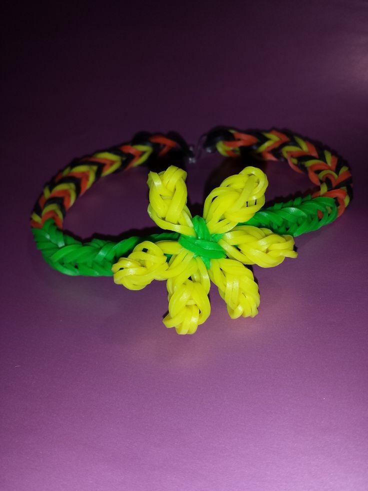 pulsera de gomitas con flor de gomitas