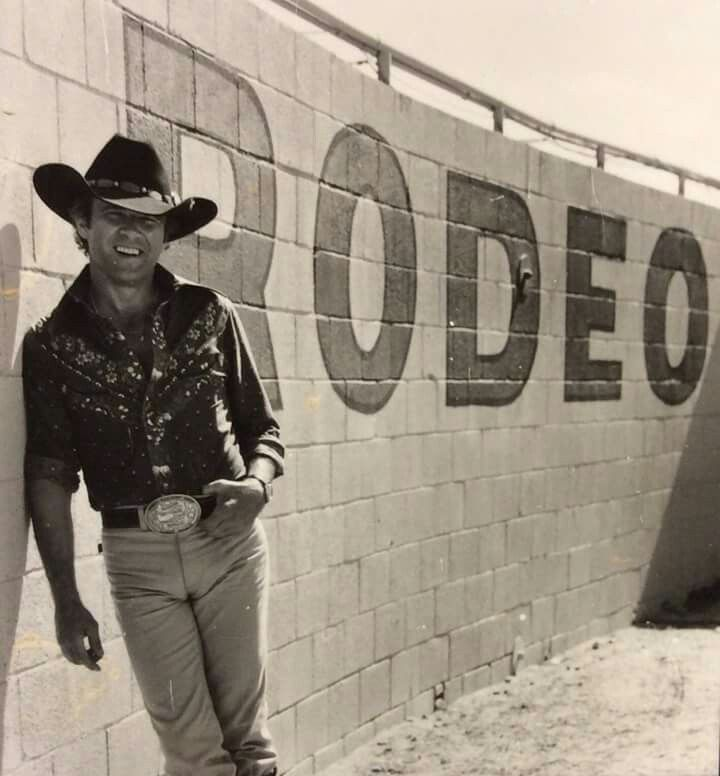 Larry Mahan Saddle Bronc Rider | 44 best images about cowboy up on Pinterest | Cowboys, Saddles and In ...