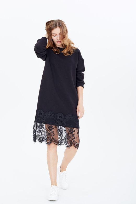 Черное платье до колен из кружева