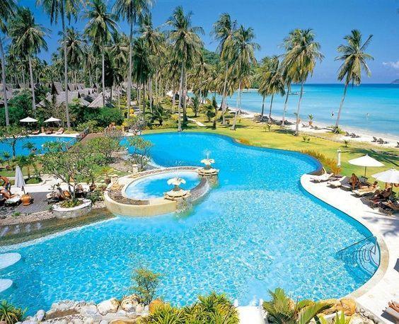 Phi Phi resort is absolutely stunning. Just a quick flight away from Thailand.  #thailand #phiphiislands #resort #honeymoonresort