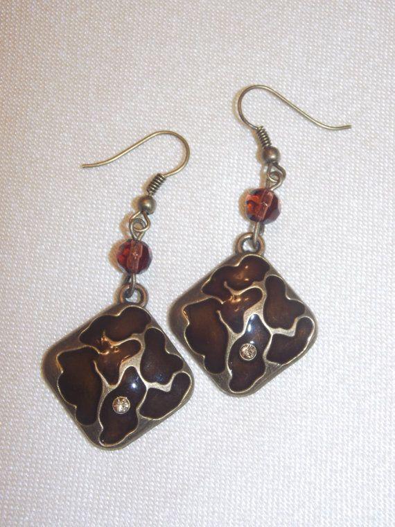 Bronze Animal Print Earrings por EriniJewel en Etsy, $12.00