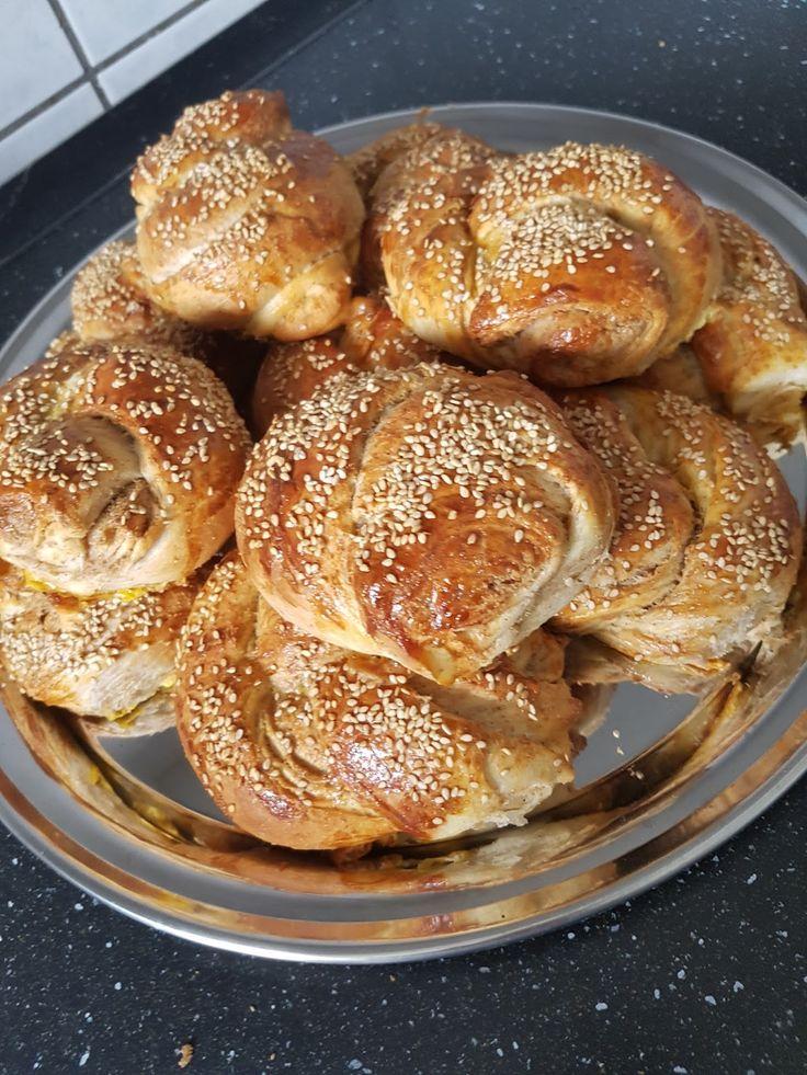 Haşhaşlı poğaça Sabah kahvaltısı için haşhaşlı çörek yaptım. Çıtır çıtır Haşhaşi mı Türkiye'den getirdim kavurup sü...