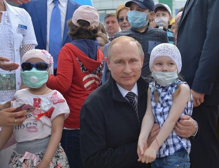 Снег в России и Путин с детьми: фото дня - Korrespondent.net