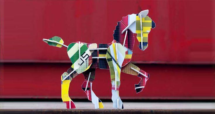 Kidsonroof : Totem Horse