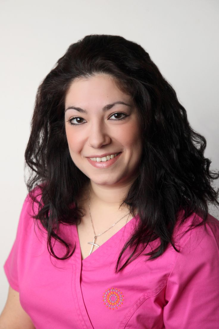 Νικολίτσα | μαία, συντονίστρια προγραμμάτων εξωσωματικής Nikolitsa | IVF nurse  http://gennima.com/el/gennima/people/nurses #gennima #ivf