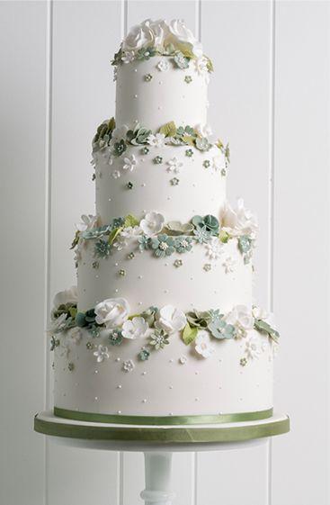Wedding Cakes & Chocolates | West Yorkshire | Poppy Pickering