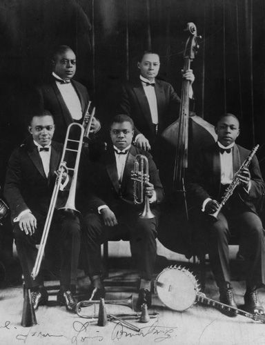 best satchmo images louis armstrong music and living a beautiful life king oliver top left and his creole jazz band along his protatildecopygatildecopy louis armstrong front and center