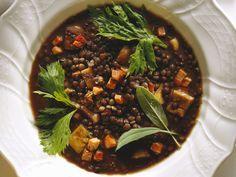 Linseneintopf mit Speck und Maroni   Zeit: 30 Min.   http://eatsmarter.de/rezepte/linseneintopf-mit-speck-und-maroni