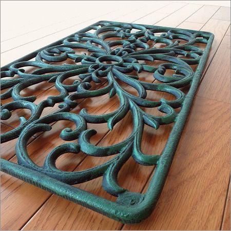 玄関マット 屋外 外用 砂落とし 泥落とし 鉄製 鋳物 おしゃれ エントランスマット 59×35cm アイアンの玄関マット