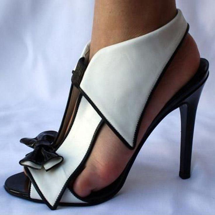 Shoespie Unique Black and White Bowtie Dress Sandals
