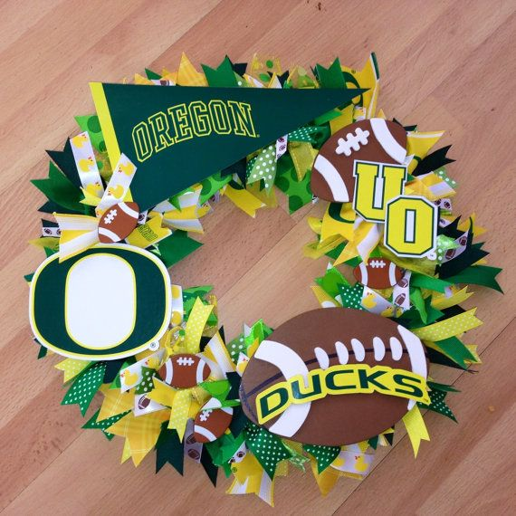 Oregon Duck Football Wreath