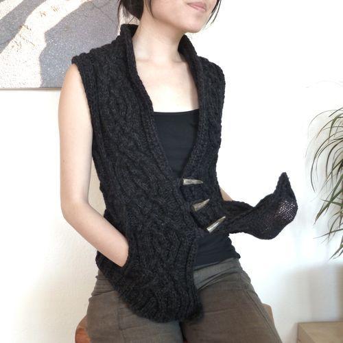 Ravelry: lisseut's Sweatery Vesty Buttony Cardi thing